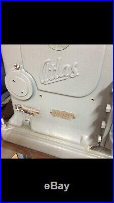 9 Atlas shaper, GREAT condition, Original Stand, Runs great Pick Up Only