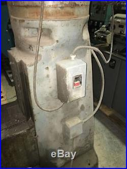 Bridgeport Milling Machine with 32 Table and Power Feed