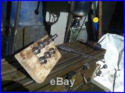 Bridgeport milling machine with DRO variable speed