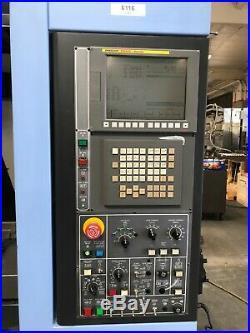 Doosan DNM400 VMC 2010, Fanuc i Series Control, 30-ATC, Chip Conveyor