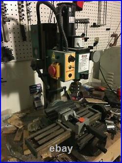 Grizzly G8689 mini milling machine
