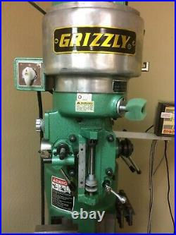 Grizzly G9901 2HP 110V Milling Machine with Digital Readout and Power Feed