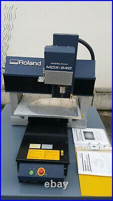 ROLAND MDX-540 MODELA ProII 3D Milling Machine