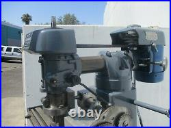 Rare! Clausing Model 8530 Vertical Milling Machine W / Gear Hobbing Attachment