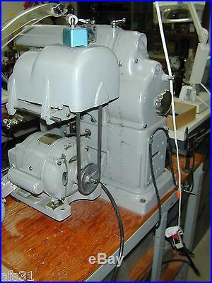 Small Atlas Milling Machine Model MF Automatic Feed