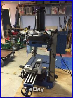 Small Milling Machine, Cummings same as Grizzly 8689