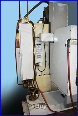Used Haas VF-2 Vertical Mill Machining Center 30x16 VMC Gear Box P-Cool Rigid 98