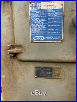 Wells-Index Vertical Milling Machine Model 755 Used